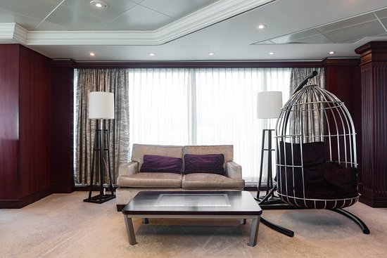 The Living Room on Azamara Journey