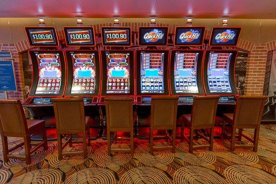 Gatsby's Casino on Ruby Princess