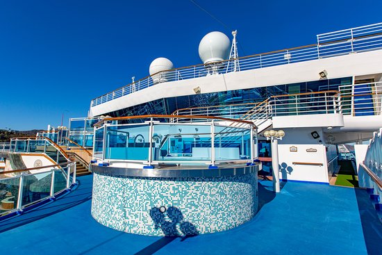 Chill Out Deck on Ruby Princess