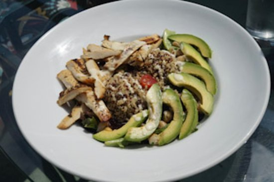 Lou's Bar & Grill : Chicken Protein Bowl