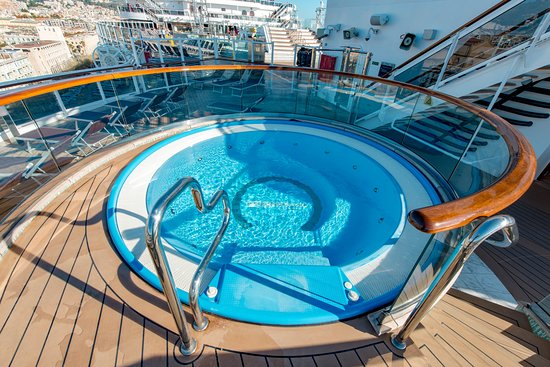Panorama Pool on MSC Seaview