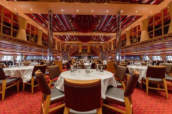 Crimson Restaurant on Carnival Dream