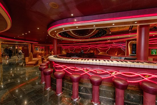 Sam's Piano Bar on Carnival Dream