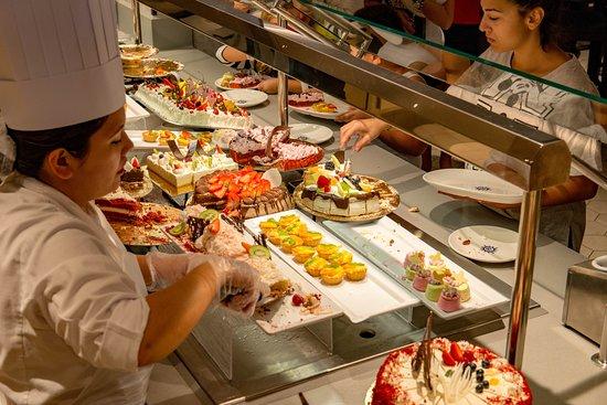 Marketplace Restaurant & Buffet on MSC Seaview