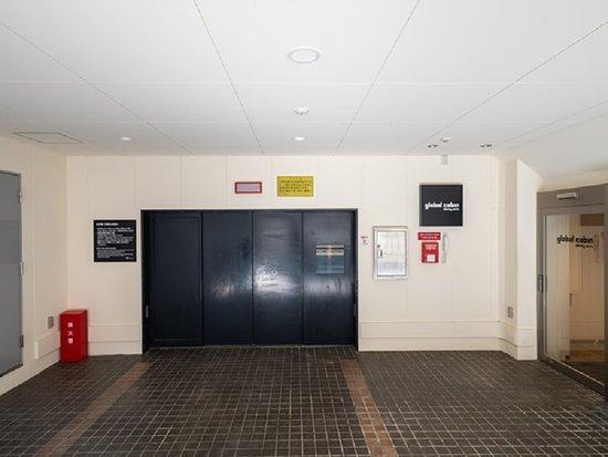 ◇ホテル立体駐車場入口