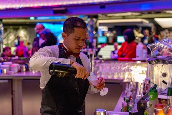 Seaside Bar on MSC Seaview