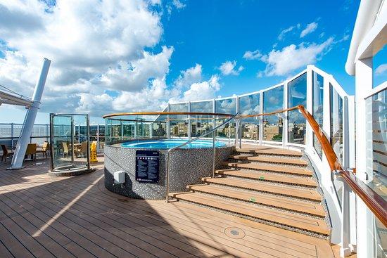 Aurea Bar on MSC Seaview