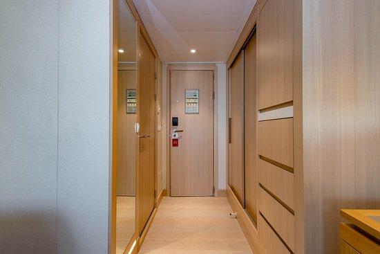 The Penthouse Junior Suite on Viking Sun