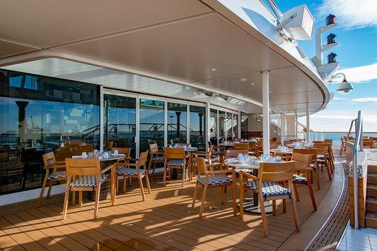 Aquavit Bar on Viking Sun