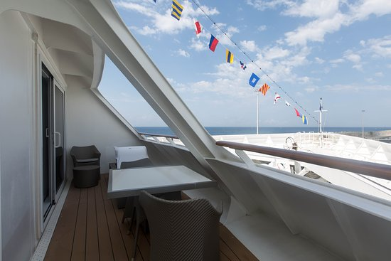 The Club Ocean Suite on Azamara Journey