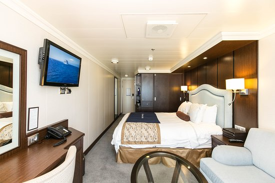 The Deluxe Ocean View Stateroom on Riviera
