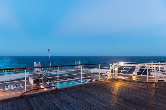The Sun Decks on Queen Mary 2 (QM2)