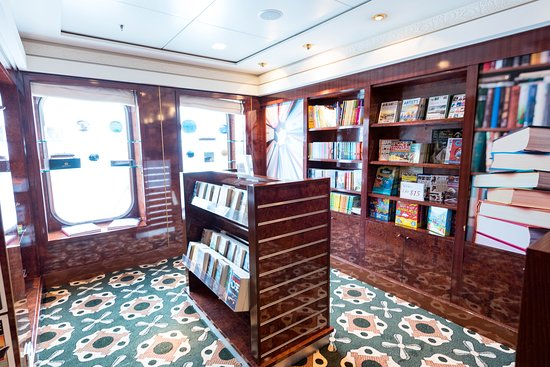 Book Shop on Queen Mary 2 (QM2)