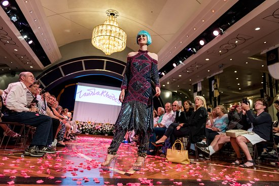 Fashion Shows on Queen Mary 2 (QM2)