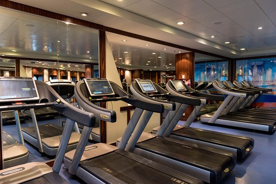 Fitness Center on Queen Mary 2 (QM2)