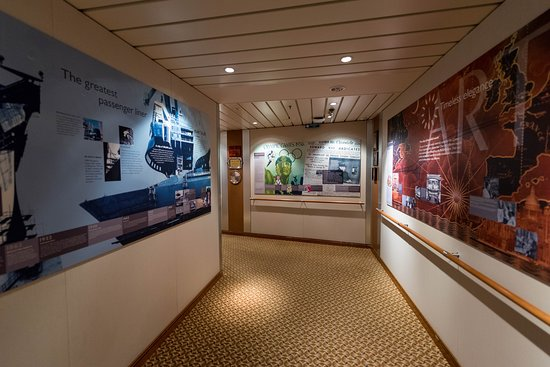Hallways on Queen Mary 2 (QM2)