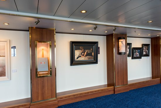 Art Gallery on Queen Mary 2 (QM2)
