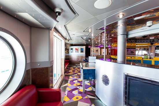 Optix Tean Disco on Explorer of the Seas