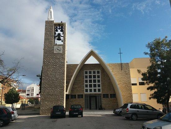 Igreja Paroquial da Povoa de Santa Iria