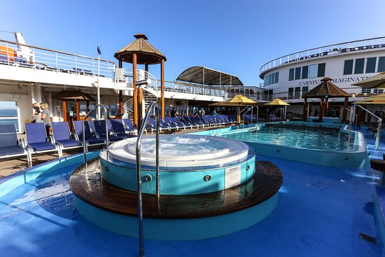 The Whirlpools on Carnival Imagination