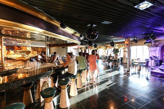 Casino Bar on Carnival Imagination