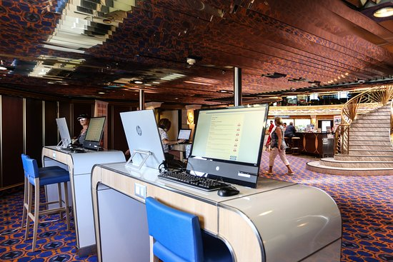 Internet Cafe on Carnival Imagination