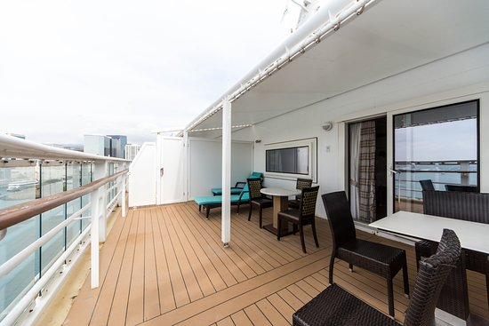 The Deluxe Penthouse Suite on Pride of America