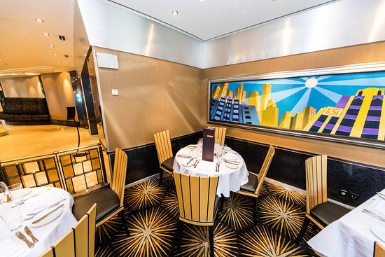 Skyline Restaurant on Pride of America