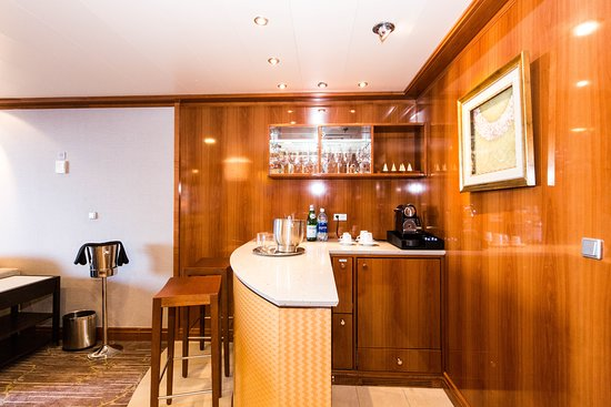 The Owner's Suite on Pride of America