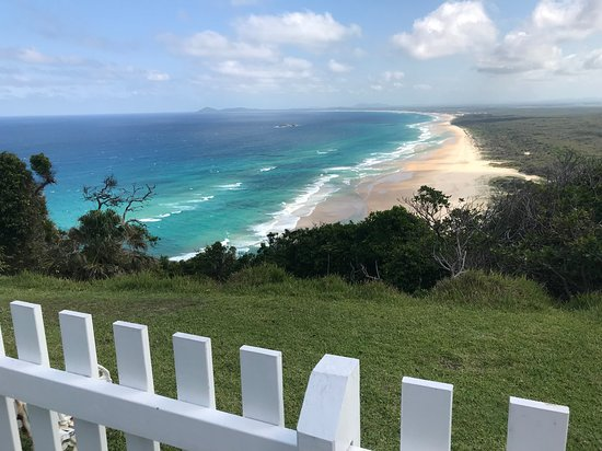 Smoky Cape Lighthouse Bed & Breakfast & Cottages: View from the back of the house