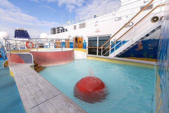 The Kids' Pool on Norwegian Sun