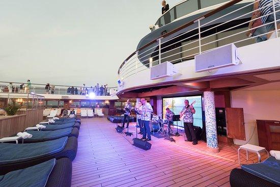 Sail-Away on Marina
