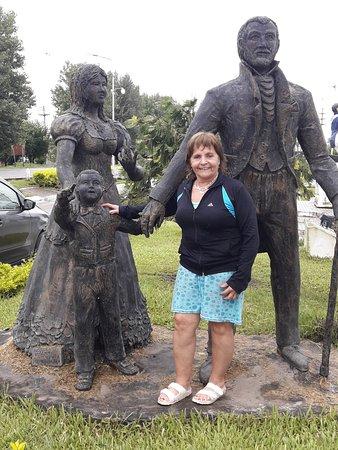 Famailla, Argentina: ella tan risueña y linda le encanta estos lugares