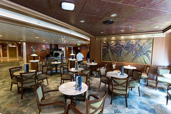 Lobby Bar on Star Princess