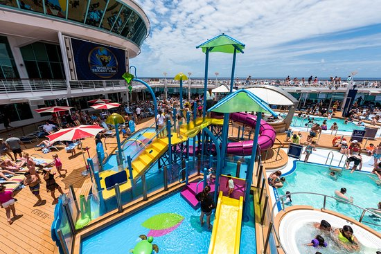 The Splashaway Bay on Adventure of the Seas