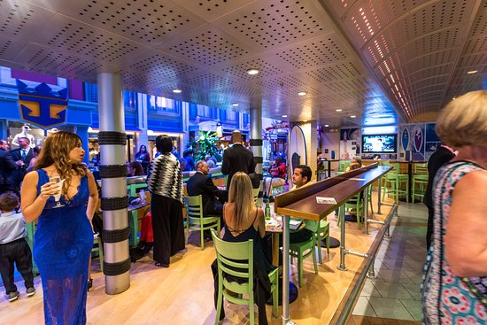 Gravity Sports Bar on Adventure of the Seas