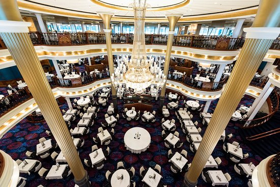 Sapphire Dining Room on Adventure of the Seas
