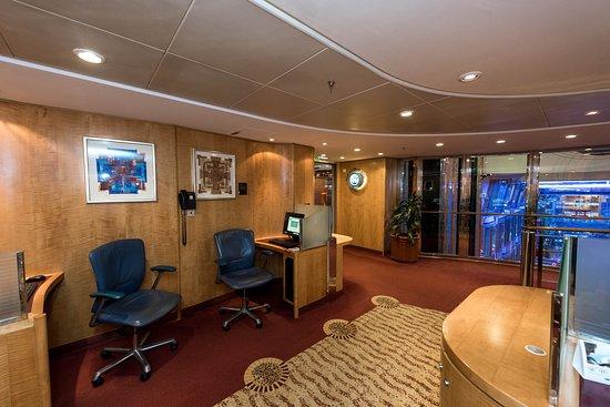 Royal Caribbean Online on Adventure of the Seas
