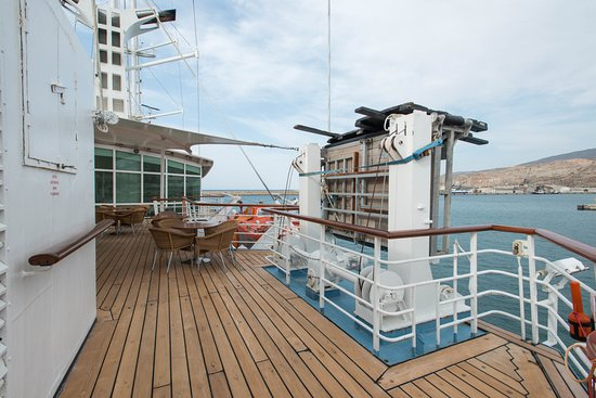The Pool Deck on Wind Star