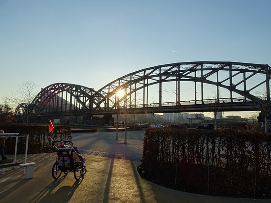 Deutschherrenbrucke: Deutschherrenbrücke