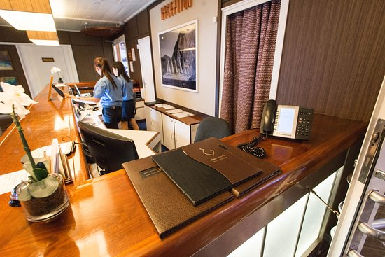 Front Desk on Wind Surf