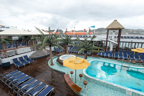 The Veranda Sun Deck on Carnival Fascination