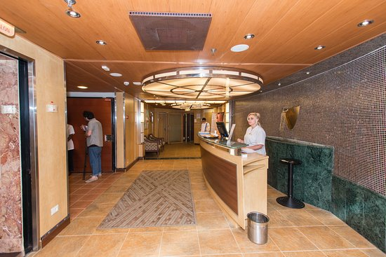 Spa on Carnival Fascination