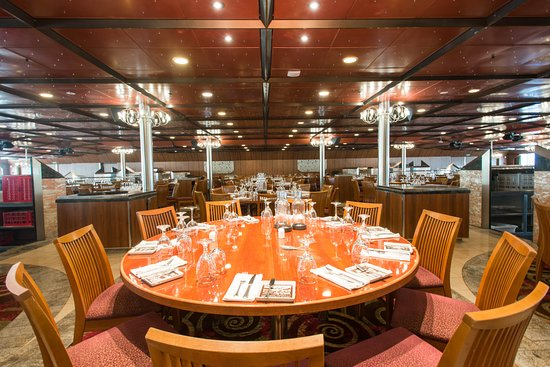 Imagination Dining Room on Carnival Fascination