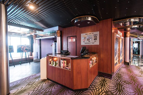 Pixels Photo Gallery on Carnival Fascination