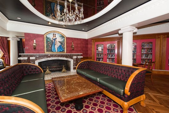 The Tara Library on Carnival Fascination