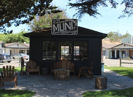 Municipal Winemakers