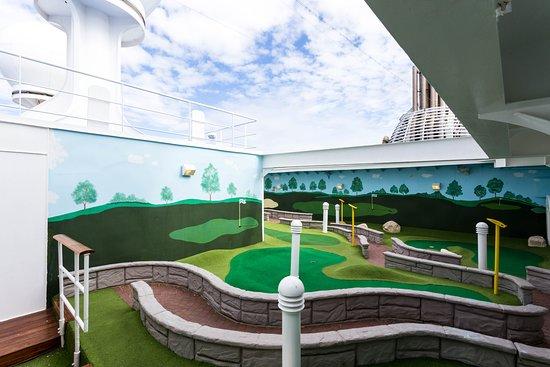 Mini-Golf on Island Princess