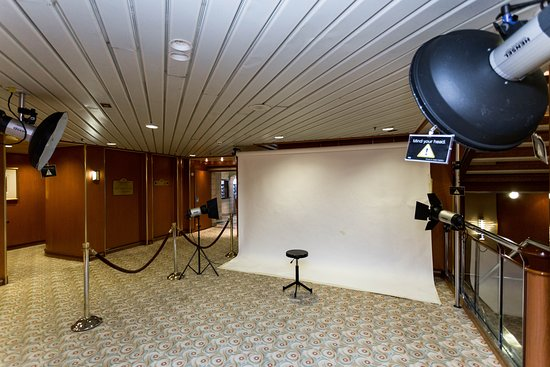 Photo and Video Gallery on Island Princess