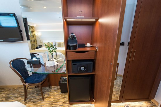 The Riverview Cabin (Category 2) on ms Sapphire